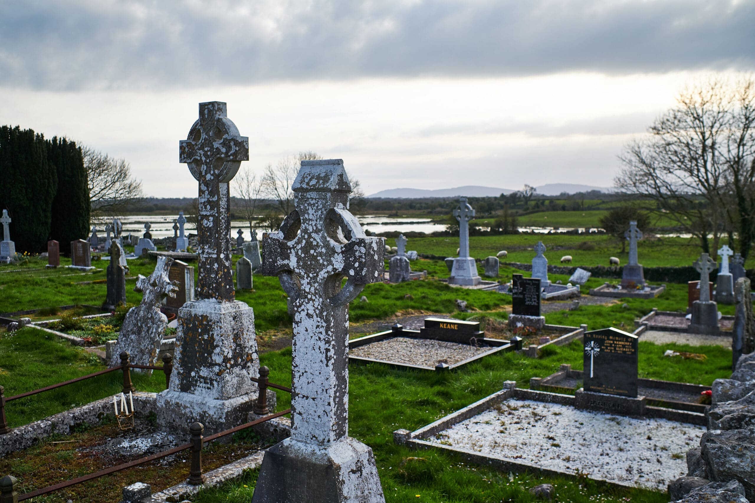 A picture of an Irish graveyard